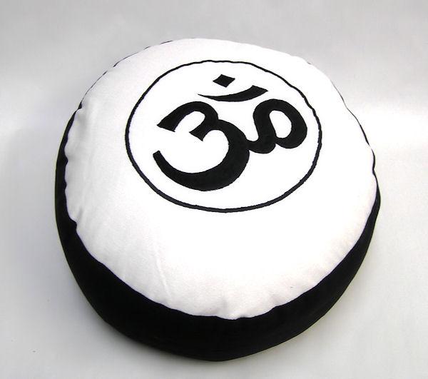 Meditační polštář Óm, černá/krémová, 33cm